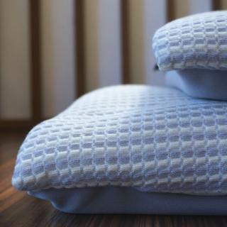 ワイドなオーダーメイド枕の登場です!